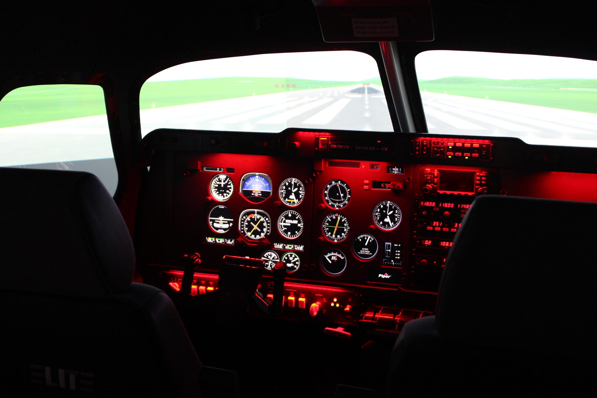 Elite Evolution S923 FNPT II MCC Aeroplane Simulator